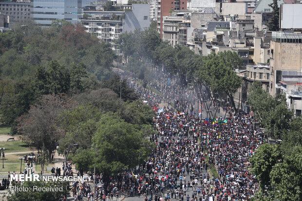 عدم پوشش مناسب اعتراضات شیلی به دلیل همسو بودن پینیرا با غرب